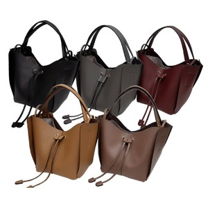 柔らか素材♪大きく開閉する巾着っぽいカゴ型シンプルハンドバッグ/ブラック