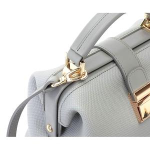 柔らか素材♪パカッと開くがま口タイプのハンドバッグ/アイボリーベージュ