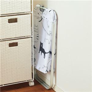 猫柄 ランドリーバスケット/洗濯かご 【幅37cm】 折りたたみ ポリエステル アルミ PP 『ネコの庭』 〔洗面所 バスルーム〕