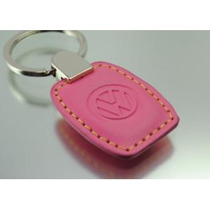 VW レザー キータグ ピンクの詳細を見る