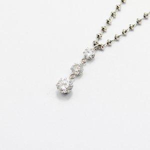 プラチナ0.45ctダイヤモンドスウィングトリロジーデザインペンダント - 拡大画像