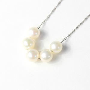 プラチナ アコヤ真珠 5ストーン ネックレス ペンダント h01