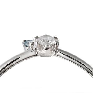 【鑑別書付】プラチナPT950 天然ダイヤリング 指輪 ダイヤ0.05ct アイスブルーダイヤ0.01ct 13号 V字モチーフ h02