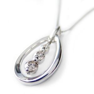 ダイヤモンド ネックレス K18 ホワイトゴールド 0.3ct ダイヤネックレス スリーストーン 45cmスライド調整付きチェーン 0.3カラット ペンダント 限定1点限り