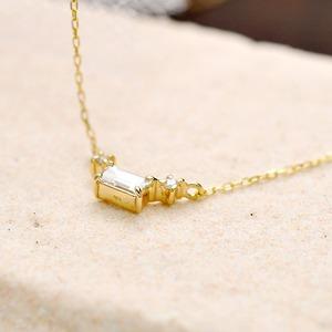 ダイヤモンド ネックレス K18 イエローゴールド 0.14ct 一粒 スクエア バケットダイヤ ダイヤネックレス ペンダント