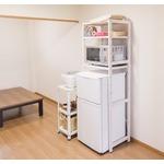 冷蔵庫ラック 木製 棚板(10段階高さ調整可)/アジャスター付き 白(ホワイト)  の画像