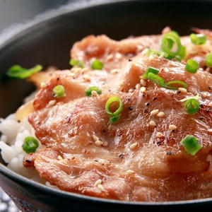 【特製たれ仕立て】こだわりの豚丼 6食セットの詳細を見る