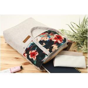 花柄の切替がかわいい♪A4対応キャンバストートバッグ!オリエンタル柄 ホワイト T-00102867