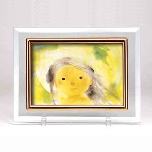 クリスタルフォトフレーム/写真立て【ハガキサイズ150×105mm対応】いわさきちひろ「緑の風の中の少女」