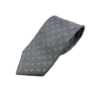 掘り出し物 新春モデル 日本製シルク100%ネクタイ シルバーグレー×ペイズリー
