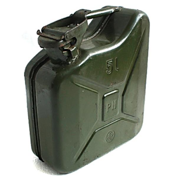ポーランド軍放出 ガソリン缶5L 中古