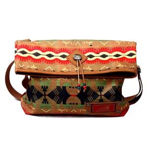ネイティブアメリカン「インディアンモトサイクル」ブランド口折れショルダーバッグA4NAVAJO(ナバホ)