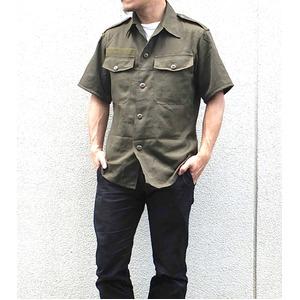 Jオーストリア軍 放出フィールド半袖ワッペン付シャツ【中古】 オリーブ系 88-92(M相当)