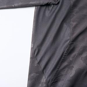 シャカシャカと音がしない撥水&防風加工・リフレクター・裏地付フルジップパーカー ウッドランドブラック M h03