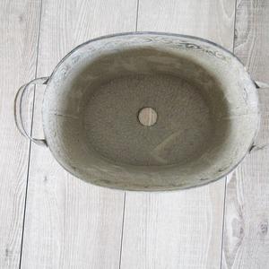 【2個入】 ブリキ製植木鉢/プランター 【オーバル型 長さ30.5cm】 穴有り 手作り 『ウーノ リーフ』 〔ガーデニング用品〕