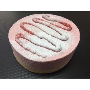 いちごのムースケーキ/業務用ケーキ【4号】直径約12cm日本製〔スイーツデザートお取り寄せ〕