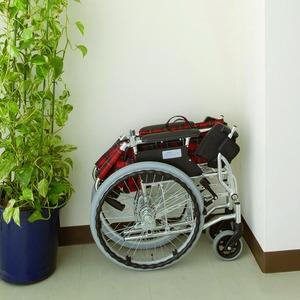 自走/介助兼折りたたみ車椅子 ラクポン/チェックグリーン(緑) アルミ製 軽量コンパクトタイプ 【MIWA】 ミワ HTB-20D