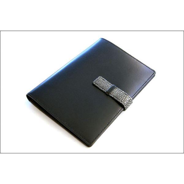 Colore Borsa(コローレボルサ) パスポートケース ブラック MG-005f00