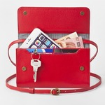 お財布にもなる「ショルダーミニバッグ・プラス・タンジェリンレッド」iPhone 6Plus, 7Plusなど大きいスマホも入る / スイス発カーフレザー製