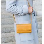 お財布にもなる「ショルダーミニバッグ・プラス・マスタードイエロー」iPhone / スイス発カーフレザー製