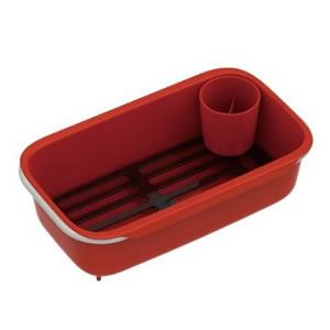 スリム水切りかご(水切りラック/キッチン用具) 伸縮式アーム 排水口あり スノコ/箸立て付き レッド(赤) 日本製