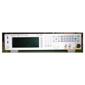 キーサイト・テクノロジー RFベクトル信号発生器 / N5182B 【中古品 保証期間付き】
