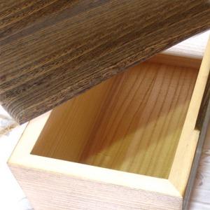 桐の米びつ/ライスストッカー 【5kg用/焼桐】 泉州留河 日本製