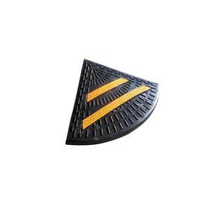 ゴム製段差プレート/エコステップ 【2.3mセット 本体3枚 先端部2枚】 リサイクルゴム 反射板付き 接続ボルト付属