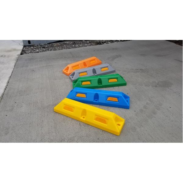 リサイクル車止め/パーキングストップ2本セット 【高さ100mm 緑色】 反射プレート付き スクリューアンカーセット