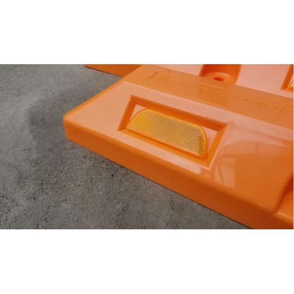 リサイクル車止め/パーキングストップ12本セット 【高さ80mm オレンジ色】 反射プレート付き スクリューアンカーセット