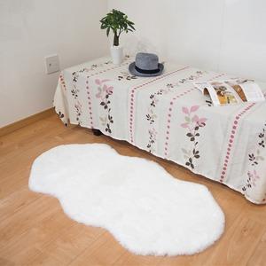 フェイクファーラグマット/絨毯フェイクファーマット約60×120cm『ペコラ』