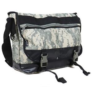 アメリカ軍 メッセンジャーバッグ/鞄 【 20 L 】 ポリエステルキャンバス地/ラバー 防水加工 B S124YN ACU 【 レプリカ 】
