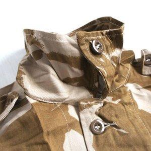 イギリス軍 放出 デザートDP Mシャツ J S032NN 96( M〜 L)サイズ 【 デッドストック 】 【 未使用 】2
