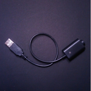 電子タバコ サムライスモーカーUSB専用充電器 - 拡大画像