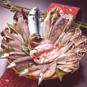 沼津「奧和」のひもの詰合せ7種(18枚)あじ、さんま、かます、金目鯛、えぼ鯛、ほっけ、さば - 拡大画像