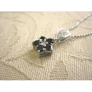K18WG(18金ホワイトゴールド) ブラックダイヤモンドお花ペンダント total 0.5ct - 拡大画像