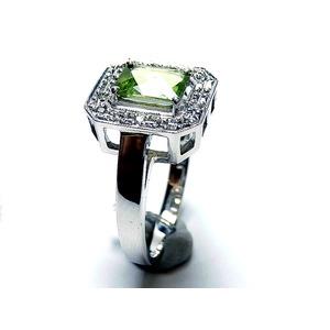 K18WG ペリドット 0.94ct ダイヤモンド 0.09ct リング・指輪 8月誕生石/13号 - 拡大画像