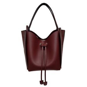 柔らか素材♪大きく開閉する巾着っぽいカゴ型シンプルハンドバッグ/バーガンディ - 拡大画像