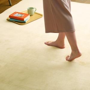 低反発 ラグマット/絨毯 【Mサイズ 190×190cm/イエローベージュ】 高密度マイクロファイバー 遮音性能 『リウル』 - 拡大画像