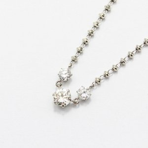 プラチナ0.45ctダイヤモンド3ストーンラインペンダント - 拡大画像