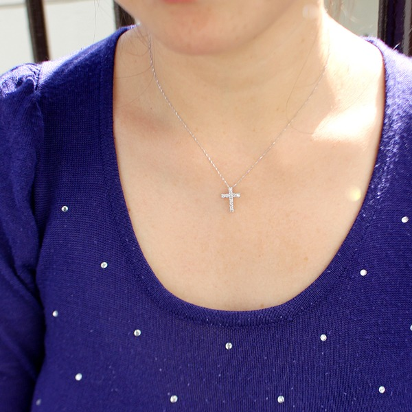 純プラチナ 0.5ct ダイヤモンド クロスペンダント