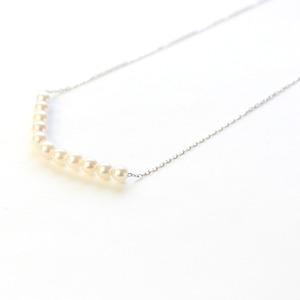 18金 ホワイトゴールド アコヤ真珠 ライン ペンダント - 拡大画像