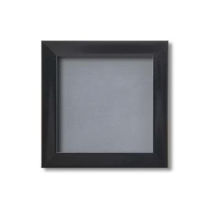 【ピンバッチ・缶バッチを飾れる額】壁掛け・スタンド付 紫外線やほこりや劣化から防ぐ 130角(130×130mm) ブラック - 拡大画像