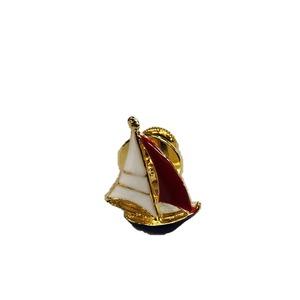 日本製 ピンタック・ピンバッジ・ピンブローチ miniヨット ゴールド - 拡大画像