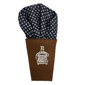 日本製 形態安定ポケットチーフ シルク100% 小柄&ブラック A20 - 拡大画像