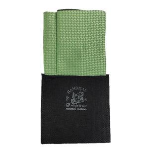 日本製 形態安定ポケットチーフ リバーシブル シルク100% 千鳥×ライムグリーン&モスグリーン無地 N20 - 拡大画像