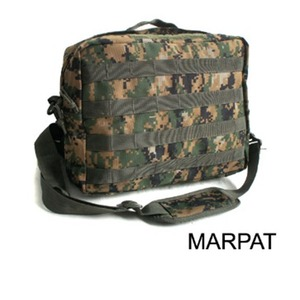 アメリカ軍 2WAYショルダーバッグ/鞄【モール/A4対応】 ナイロンキャンバス地 防水加工 BS076YN MARPATウッド【レプリカ】 - 拡大画像