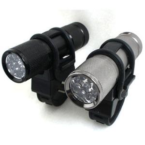 9 LED自転車ホルダー付きフラッシュ ライトガンスモーク( グレー) - 拡大画像