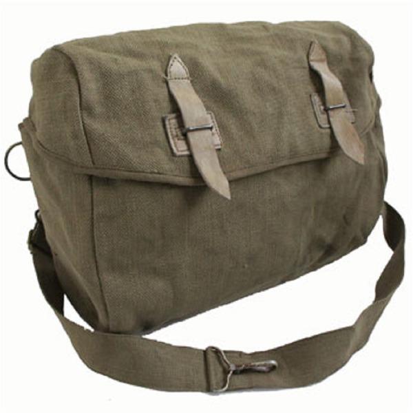通気性、防腐性に優れ丈夫な綿キャンパスは、買い物袋用に!「ベルギー軍放出 綿キャンパスショルダーバッグ【中古】」