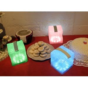 ソーラー充電式ランタン/LED照明器具 【5色切り替え可】 折りたたみ可 『ソーラーパフ』